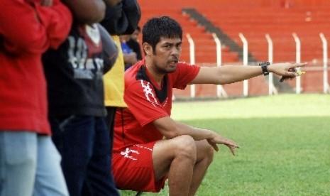 Nil Maizar Rekrut Dua Pemain Tim Semen Padang U-21