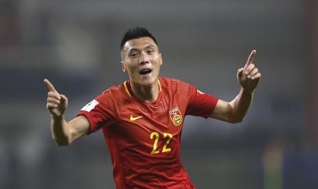 Gol Yu Dabao Tandai Kemenangan Perdana Lippi dan Cina
