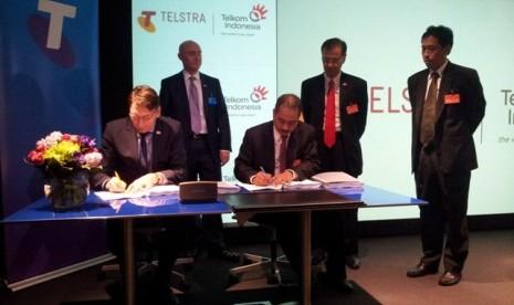 Penandatangan Telkom-Telstra