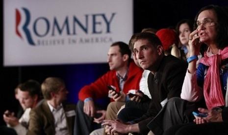 Pendukung romney terdiam setelah hasil akhir pilpres as menyatakan