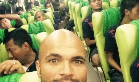 Lawan Sriwijaya FC, Persib Masih tanpa Van Dijk