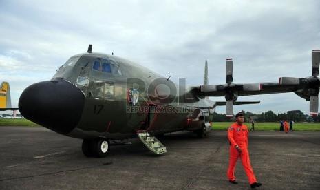 Pesawat Hercules milik TNI Angkatan Udara. (Republika/Edwin Dwi Putranto)