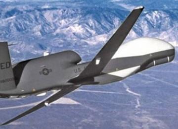 Pesawat Intai Iran Sanggup Terbang 24 Jam