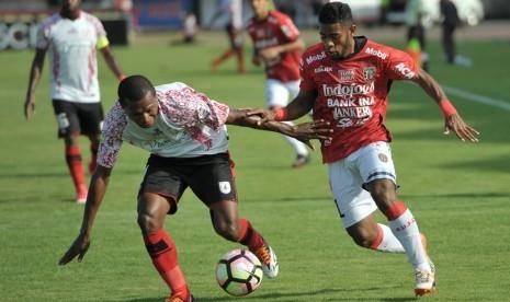 Persipura Taklukkan Bali United 2-1