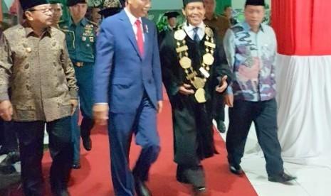Bertemu Jokowi, Plt Rektor UIN Malang Sampaikan Konsep Integrasi Ilmu