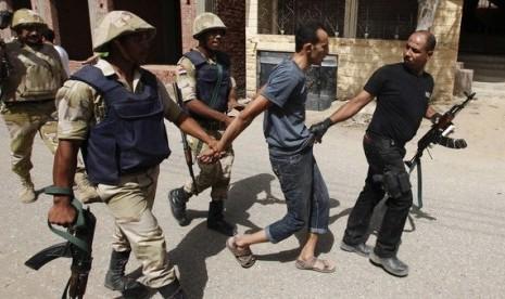 Polisi Mesir tangkap militan