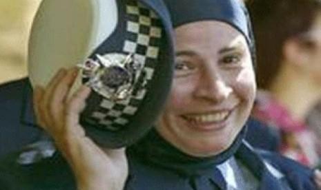 Polwan Norwegia, Keltoum Hasnaoui Missoum yang bisa mengenakan jilbabnya