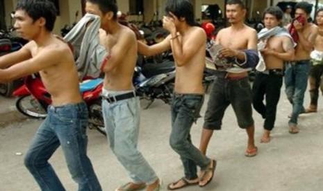 100 Preman yang Kerap Menyerang Pengendara Motor Diamankan