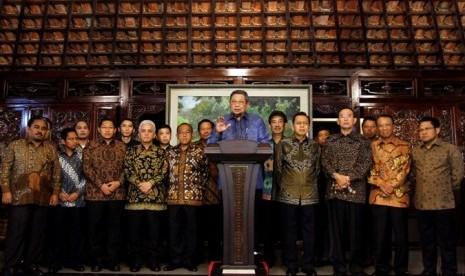 Presiden dan pimpinan partai politik koalisi setgab