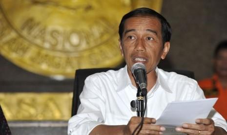 Presiden Joko Widodo di Kantor Pusat Basarnas, Jakarta, Senin (29/12).