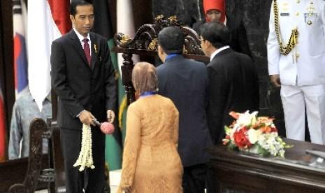 Presiden Jokowi saat pembukaan Konferensi Parlemen Asia-Afrika di Gedung Nusantara, Senayan, Jakarta, Kamis (23/4).