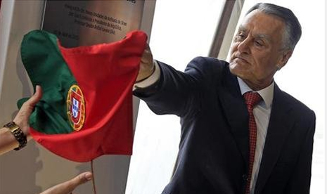 http://static.republika.co.id/uploads/images/detailnews/presiden-portugal-anibal-cavaco-silva-_130529032014-565.jpg