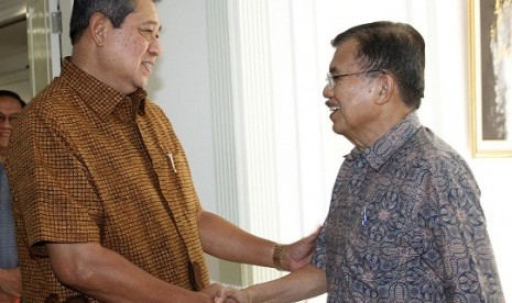 President Susilo Bambang Yudhoyono receives Kalla on Thusday, after delivering report about the head of Indonesian Red Cross' visit to Myanmar.