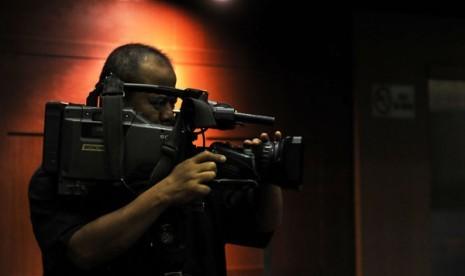 Proses pembuatan tayangan televisi/ilustrasi