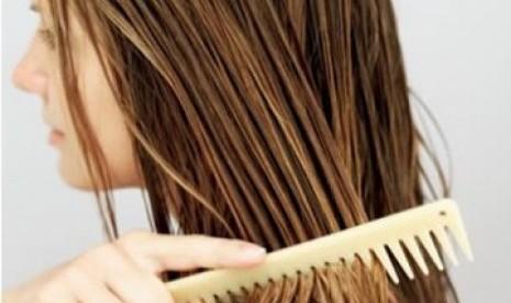 Ingin warna rambut tahan lama? ikuti tips ini