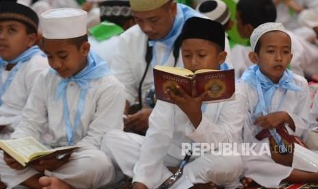 Ribuan Santri di Kabupaten Gorontalo Khatam Quran