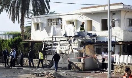 Tentara Israel Kocar-kacir Diserang Roket