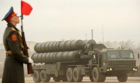 Rudal canggih anti-pesawat S-300