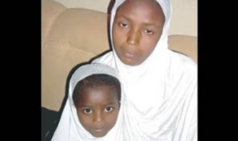 Rukkayatu Fatahu Umar bersama ibunya.
