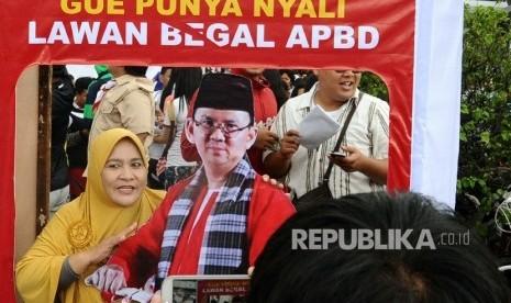 Salah satu stand Teman Ahok, relawan pendukung Basuki Tjahaja Purnama alias Ahok.