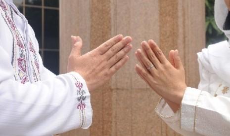 Saling memaafkan (Ilustrasi)
