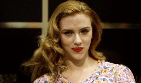 Scarlett Johansson Menikah Agustus 2014