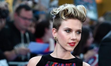 Scarlett Johansson Parodikan Ivanka Trump