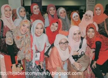 Sebagian anggota Hijabers Community dalam sebuah kesempatan