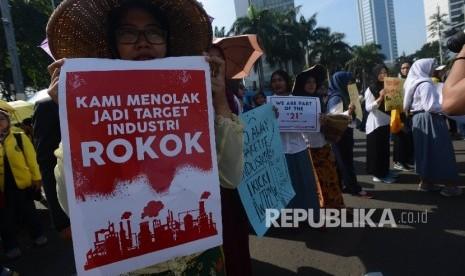 In Picture: Aksi Mahasiswa Tolak Rencana Pameran Tembakau