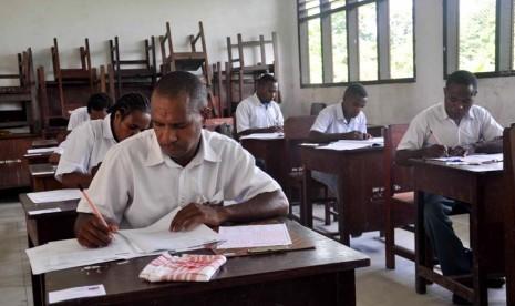Pembelajaran Kimia di Indonesia Kurang Mendasar .