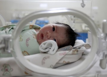 Sepertiga Bayi Kelahiran 2012 akan Hidup Satu Abad