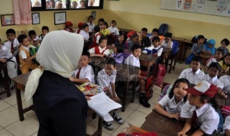 Guru Indonesia Juara Kompetisi Pembelajaran di Barcelona ...