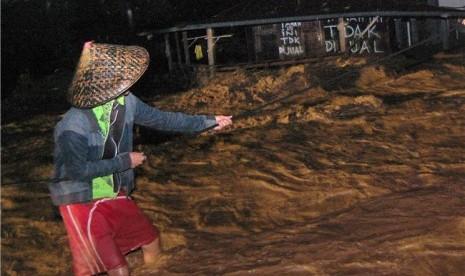 Ini Dia Penyebab Utama Banjir Bandang di Padang