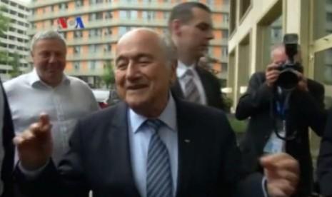 Blatter Diprediksi takkan Lama Jadi Presiden FIFA