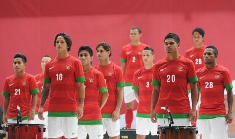Download Ini Dia Kostum Baru Timnas Piala AFF 2012   Republika Online