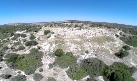 Sha'arayim, tempat yang diyakini medan perang antara Daud, Thalut,dan Jalut.