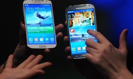 Iklan Samsung Galaxy X4 Sindir iPhone