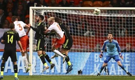 Dua Gol Belanda Bungkam Spanyol