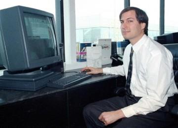 Beginilah Cara Presentasi ala Steve Jobs