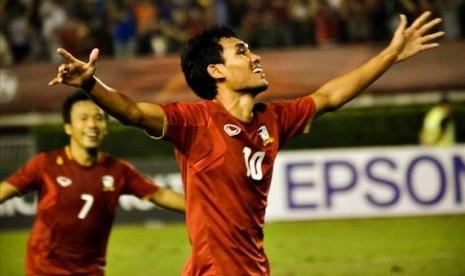 Hajar Malaysia, Thailand ke Final AFF