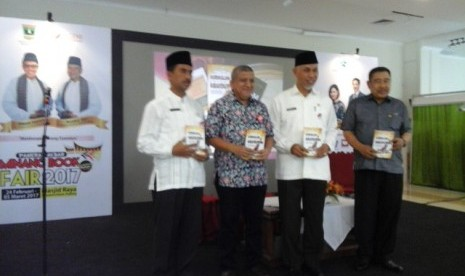 Padang Siap Jadi Pusat Literasi Sumatra Barat