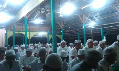 Suasana doa bersama di Banda Aceh untuk menyambut pencapresan Jokowi.