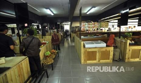 Ridwan Kamil Resmikan Pasar Kreatif Sarijadi