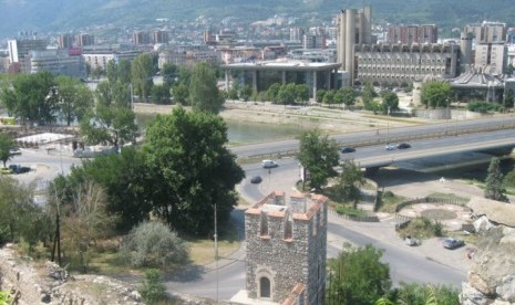 Islam di Macedonia, Menghadang Laju Asimilasi Budaya (1)