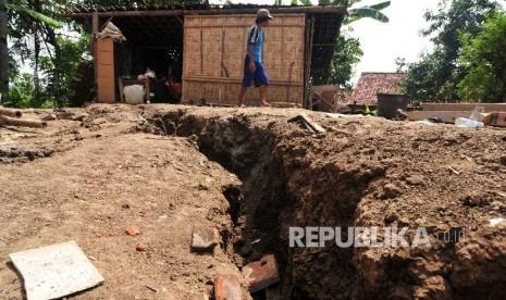 144 Kecamatan di Sumatra Barat Rawan Bencana Tanah Bergerak