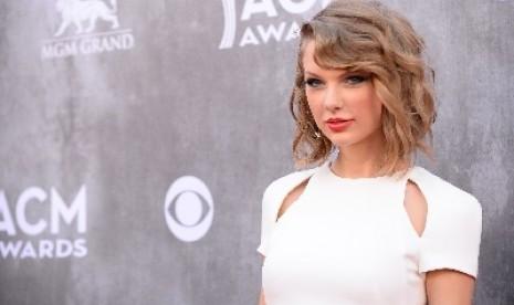 Taylor Swift Rilis Album Pop