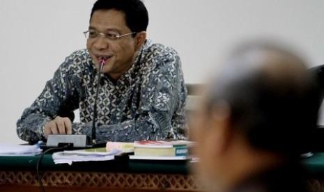 Terdakwa kasus dugaan suap pengurusan kuota impor daging sapi di Kementerian Pertanian Ahmad Fathanah menjalani sidang lanjutan di Pengadilan Tipikor, Jakarta, Jumat (16/8).