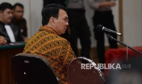 In Picture: Sidang Kasus Penistaan Agama, Ahok Bacakan Pleidoi