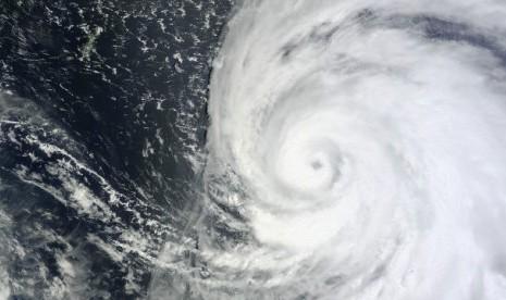 Angin Topan Rusak Belasan Rumah di Lampung Timur