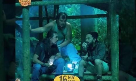 Trio Licik di salah satu adegan film Naura dan Genk Juara